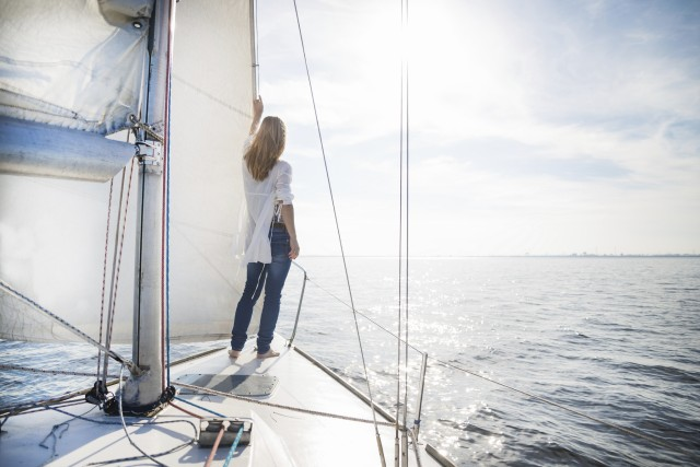 woman_and_boat