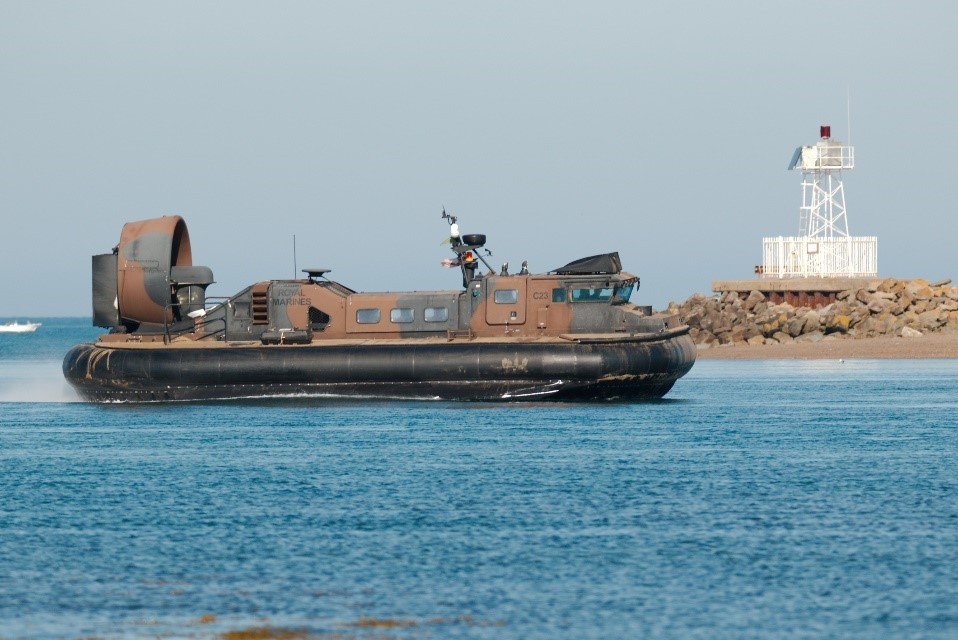 amphibious warfare ship