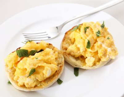 NAVY BREAKFAST scrambled egg on english muffin with spring onion